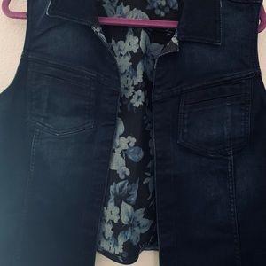 Lane Bryant Reversible Floral Denim Vest Size 18